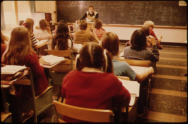 Classroom in Minnesota, 1974. Image credit: David Stroble via Wikicommons